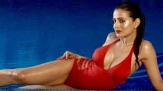 Ameesha Patel Looks Hot AF in Sexy Red Bikini And Red Lips as She Strikes a Sultry Pose in Her Latest Pictures