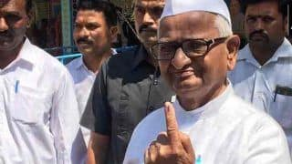 लोकसभा चुनाव के तीसरे चरण में पीएम मोदी, आडवाणी समेत कई आला नेताओं ने डाले वोट, देखें PHOTOS