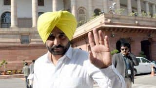 AAP Leader Bhagwant Mann Seeks Financial Support From People For Campaigning