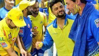 VIDEO: चेन्नई की जीत के बाद कोच को टीम ने अनोखे अंदाज में किया बर्थडे विश