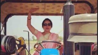 हेमा मालिनी ने वोटरों को लुभाने के लिए निकाला ये नया तरीका,देखें वीडियो