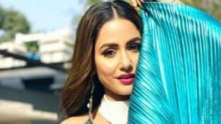 Television's Komolika Aka Hina Khan Looks Smoking Hot in Shimmery Blue Saree And Bold Lips as She Flaunts Her Sexy Curves