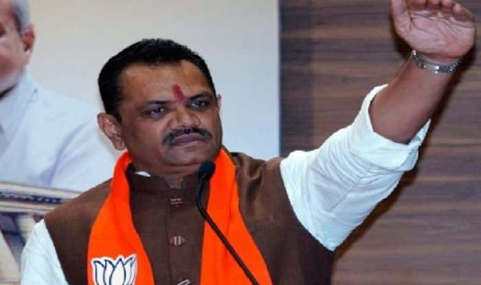 Foot in Mouth: Gujarat BJP Chief Jitu Vaghani Abuses Congress, Asks People to Vote For 'Lotus'