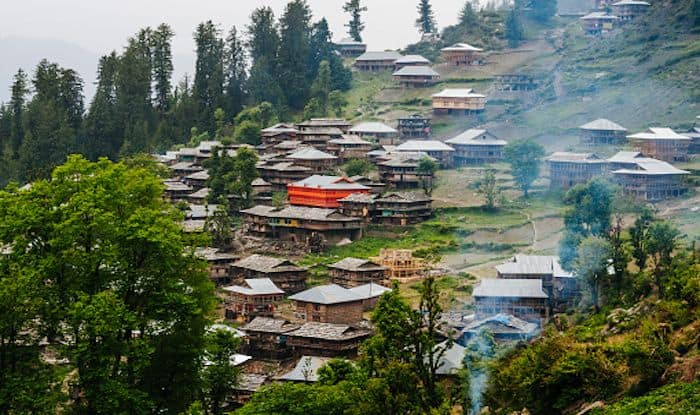 What to See And Do in The Mysterious Town of Malana