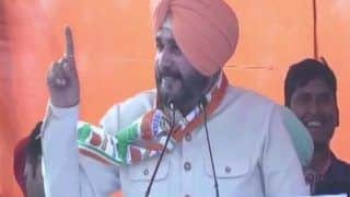 चुनाव आयोग ने मोदी को 'सुलटाने' वाले बयान पर नवजोत सिंह सिद्धू को 72 घंटे के लिए बैन किया