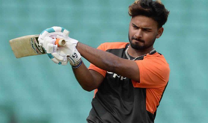 Sunil Gavaskar Surprised at Rishabh Pant's Omission From Virat Kohli-Led India Squad For World Cup 2019