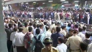 Women Stage Rail Roko at Mumbai's Diva Station For Being Denied Entry in Train