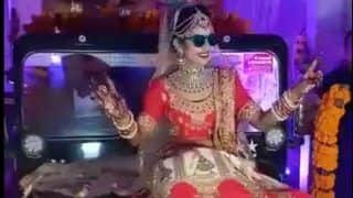 Bride Makes an Entry by Sitting on Classic Jeep's Bonnet And Grooving to Dhol Beats at Her Wedding in Madhya Pradesh - Watch Viral Video