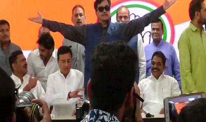 Shatrughan Sinha Joins Congress, Forgives Those Who Turned 'Lok Shahi Into Tana Shahi'