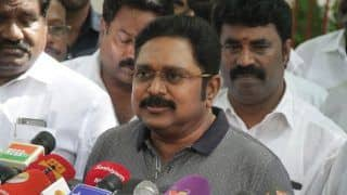 SC Stays Notice Issued Against 3 AIADMK MLAs by TN Speaker For Supporting TTV Dhinakaran