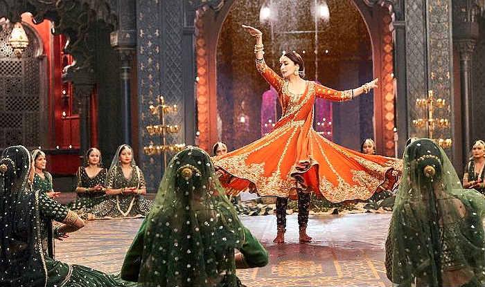 Tabaah Ho Gaye: Karan Johar Releases New Still of Madhuri Dixit From Big Kalank-Song, Video Out Tomorrow