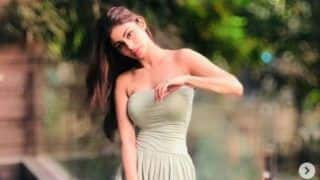 Mouni Roy Sets All Yoga Fans Envious as She Bends Like a Pro in Latest Picture, Viral Post Breaks Internet