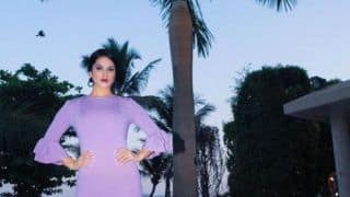Sunny Leone Looks To-Die For in Short Purple Dress as She Poses Near a Pool, See Picture