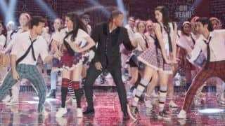 Will Smith Grooves to 'Radha Teri Chunari' With Student of The Year 2 Cast, Watch