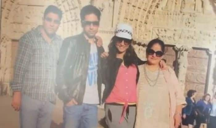 Hina Khan with family outside Notre-Dame Cathedral