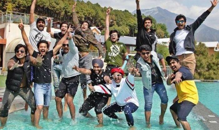 Ranveer Singh with team '83 in Dharamshala