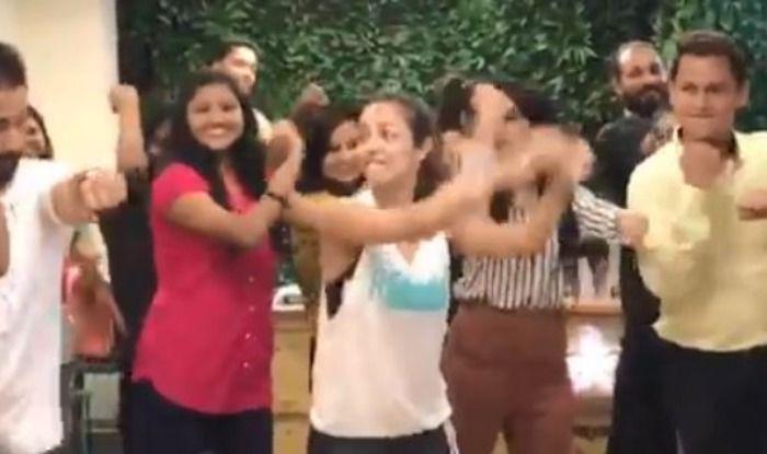 Malaika Arora dances to 'Chaiya Chaiya'