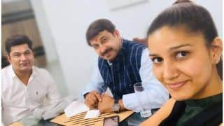 Sapna Choudhary's Dinner With Manoj Tiwari Looks More Like Election Candidates' Party Bonding Time