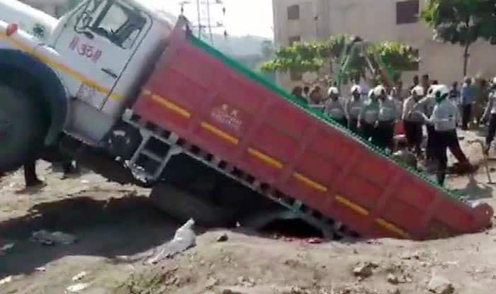One Rescued, Two People Stuck Inside Septic Tank in Mumbai, Rescue Op on