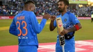 Hardik Pandya, KL Rahul Support PM Narendra Modi's to Light Candles, Lamps for Medical Authorities Fighting Against Coronavirus Pandemic