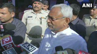 प्रज्ञा ठाकुर को बीजेपी से निकालने पर विचार किया जाना चाहिए: नीतीश कुमार