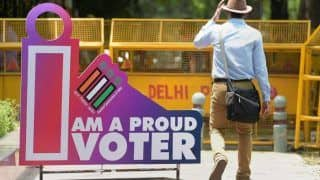 Migrant Labourers Forgo Break to Stay Back in Delhi And 'Vote For Change'