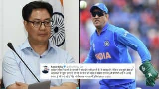MS Dhoni Keep The Gloves, Sports Minister Kiren Rijiju Backs Move After ICC Interferes in Army's Insignia Balidaan Badge During Cricket World Cup 2019 | SEE POST
