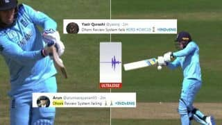 MS Dhoni Unnecessarily TROLLED After he Opts Not to Take DRS Against Jason Roy During India vs England ICC Cricket World Cup 2019 | SEE POSTS