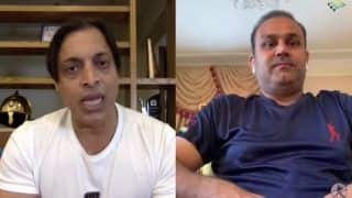 India vs Pakistan: Virender Sehwag Feels Pak Cannot Beat Ind in ICC Cricket World Cup 2019 Clash at Manchester, Shoaib Akhtar Feels Otherwise | WATCH VIDEO