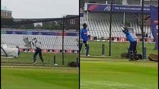 Vijay Shankar, Dinesh Karthik Have a Bat During Team India's Net Session at Trent Bridge Ahead of ICC Cricket World Cup 2019 Clash Against New Zealand | WATCH VIDEO