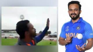 ICC Cricket World Cup 2019: Kedar Jadhav Makes Funny Request to Nottingham Rain to Fly to Maharashtra as Bad Weather Delays Toss During India vs New Zealand Match | WATCH VIDEO