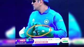 Request MS Dhoni to Remove Army Insignia From Gloves Ahead of ICC World Cup 2019 Tie Against Australia: ICC to BCCI