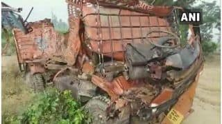 यूपी के संभल में बड़ा हादसा, डीसीएम-पिकअप की टक्कर में 8 लोगों की मौत, 12 घायल