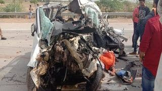 8 Members of a Family Killed After Car Hits Truck on Yamuna Expressway Near Mathura