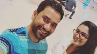 Bhojpuri Couple Amrapali Dubey, Dinesh Lal Yadav Are All Smiles as They Strike a Pose For a Selfie