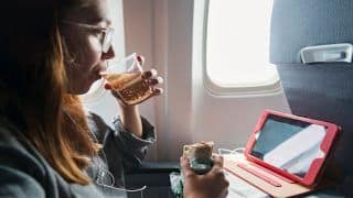 What Types of Foods You Should And Shouldn't Carry on a Flight