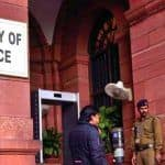 Centre Retires 22 Senior Tax Officers Over Corruption Charges
