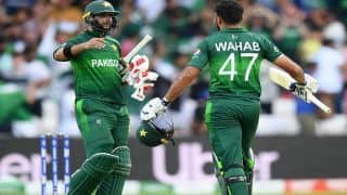 ICC Cricket World Cup 2019 Match 36 Report: Imad Wasim's All-Round Brilliance Keeps Pakistan Semifinals Hopes Alive, Beat Afghanistan by 3 Wickets at Headingley