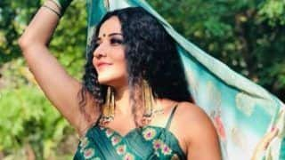 Bhojpuri Sizzler Monalisa Looks Smoldering Hot in Green Kurti And Contagious Smile in Her Latest Pictures
