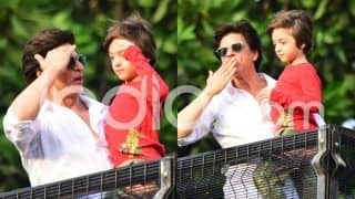 Shah Rukh Khan, AbRam Khan Greet Fans Outside Mannat, David Letterman Joins