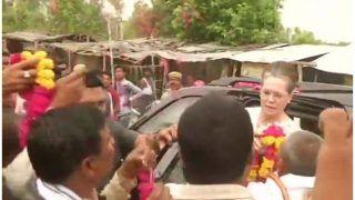 सोनिया गांधी व प्रियंका पहुंची रायबरेली, तीन हजार कार्यकर्ताओं संग करेंगी हर मुद्दे पर मंथन