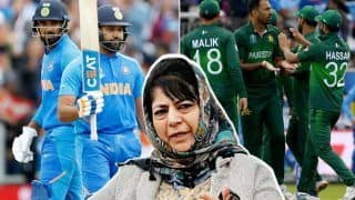 India Vs Pakistan World Cup Clash: 'Everyone Has Right to Cheer For Whichever Team They Believe in', Tweets Mehbooba Mufti