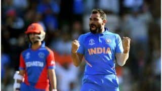 विश्वकप में हैट्रिक लगाने वाले दूसरे भारतीय हैं शमी, इससे पहले 9 गेंदबाज ही कर पाए ये कारनामा