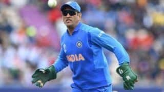 ICC Cricket World Cup 2019: MS Dhoni Urged to Wear Army Insignia Glove Against Australia by Teammates