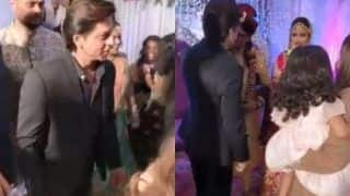 Shah Rukh Khan Surprises His Hairstylist's Sister by Attending Her Wedding, Video Goes Viral