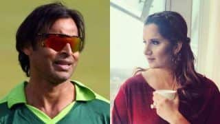 Akhtar Slams Fans For 'Bullying' Sania After Pakistan's Defeat | WATCH