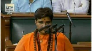 Lok Sabha Witnesses Ruckus on First Day as Pragya Thakur Called Herself 'Sadhvi' While Taking Oath - Watch Video