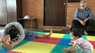 Cuteness Overloaded! Kunal Kemmu, Soha Ali Khan's Daughter Inaaya Naumi Kemmu Practises Yoga With Grandmother