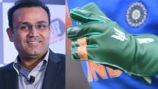 ICC Cricket World Cup 2019: Virender Sehwag Suggests MS Dhoni to Display 'Balidan Badge' on His Bat