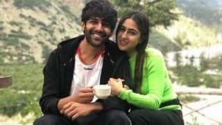 Sara Ali Khan Makes Kartik Aaryan Blush as She Pulls His Leg in Shimla, Watch